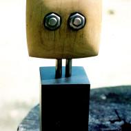 White-mahogany-bolt-eyes